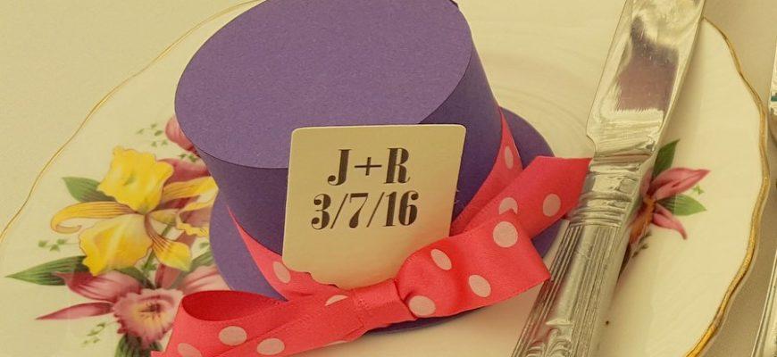 alice-mad-hatter-top-hat-purple