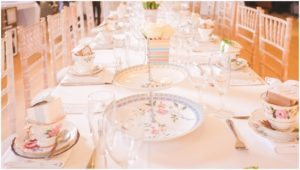 vintage-tea-pretty-table