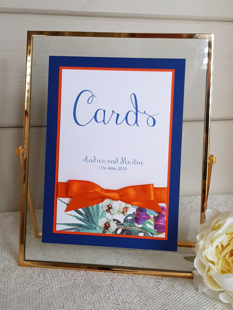 wedding cards sign in gold frame