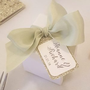 bows and bling green silk favour box