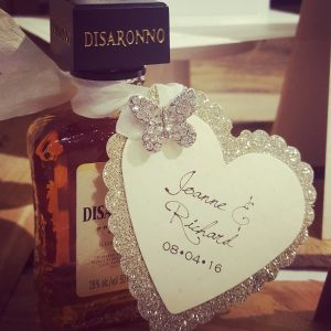 bows and bling heart favour tag