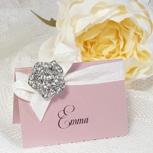 pink place card with bow and diamante