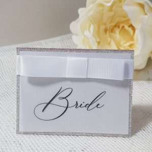 wedding place card with dior bow