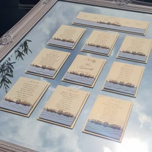 vintage lace style mirror table plan with blue and ivory