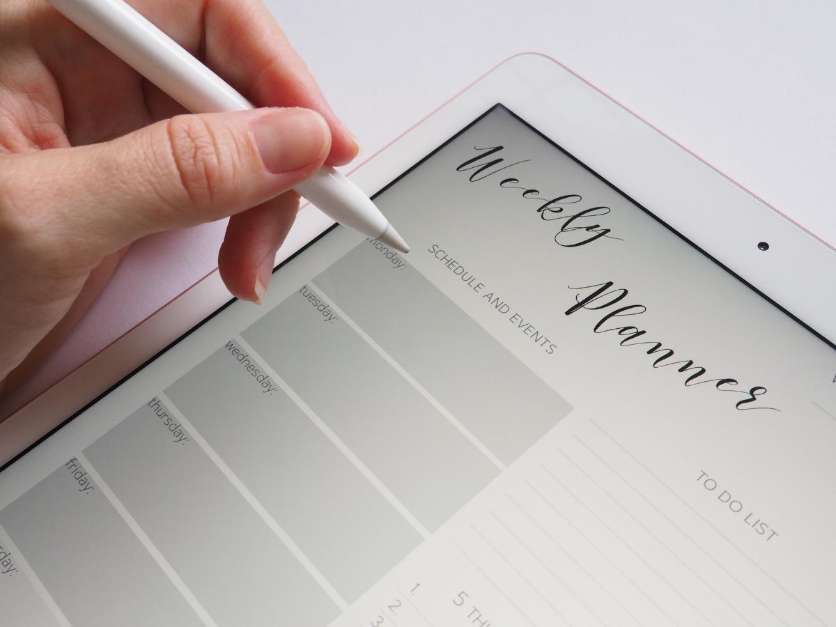 wedding stationery weekly planner schedule