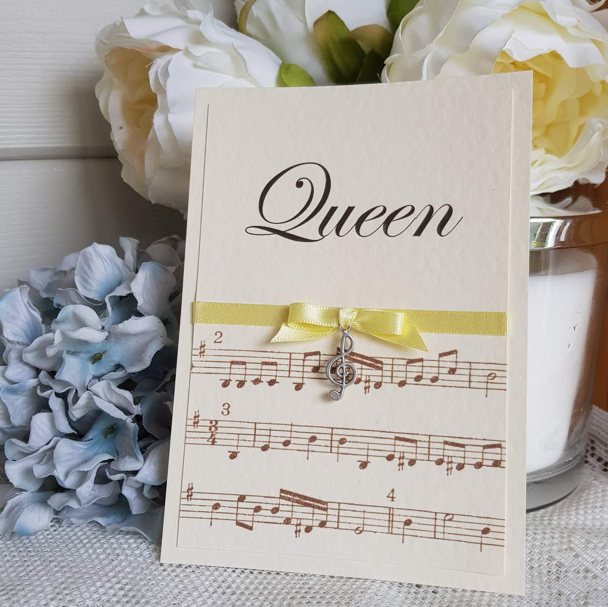 musical themed wedding table name card