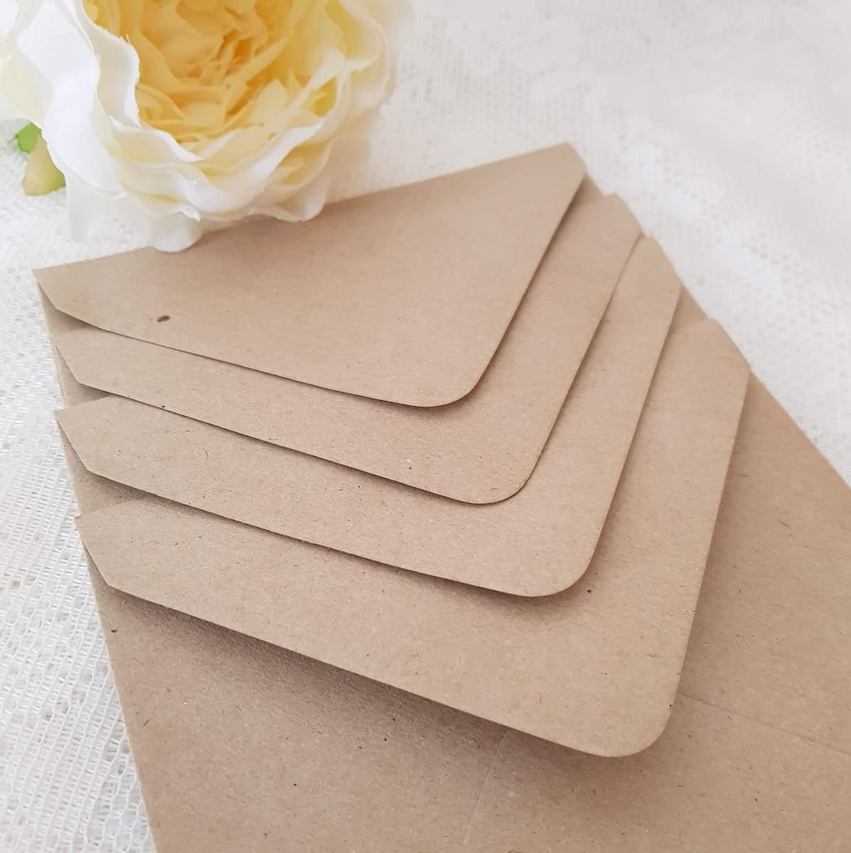 recycled kraft brown envelopes or wedding invitations